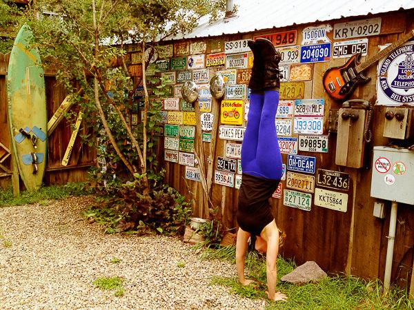 22_handstand-2